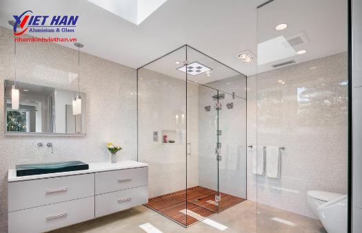 Ưu điểm của vách kính cho nhà tắm